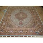 قالیچه دستباف طرح جدید ماهی یازده متن پنجاه رج گل ابریشم رنگ خاص