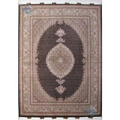 قالیچه دستباف طرح جدید ماهی یازده متن پنجاه رج گل ابریشم