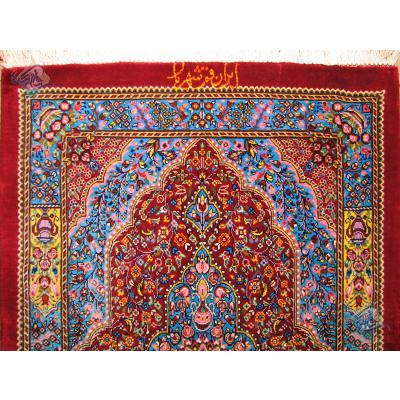 تابلویی دستباف تمام ابریشم قم تولیدی شهریار با قاب انحصاری قالیکده