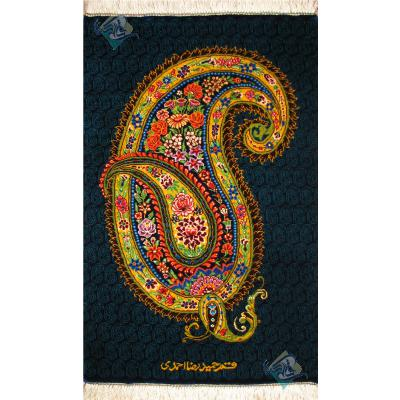 تابلویی فرش دستباف تمام ابریشم قم بته جغه  تولیدی احمدی بدن قاب