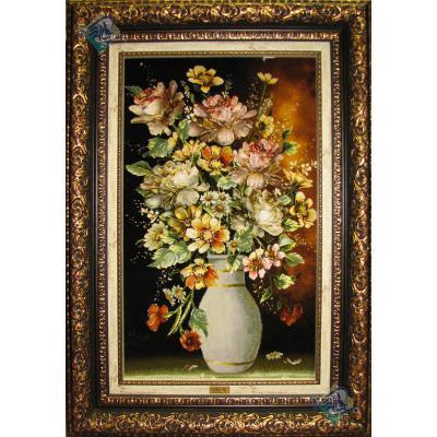تابلو فرش تبریز طرح کوزه سفید پر از گل چله و گل ابریشم